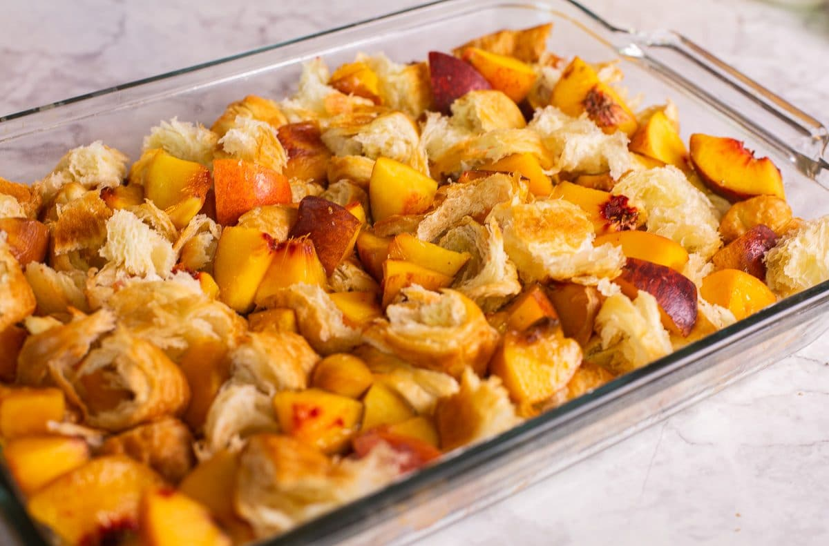 bread pudding with peaches
