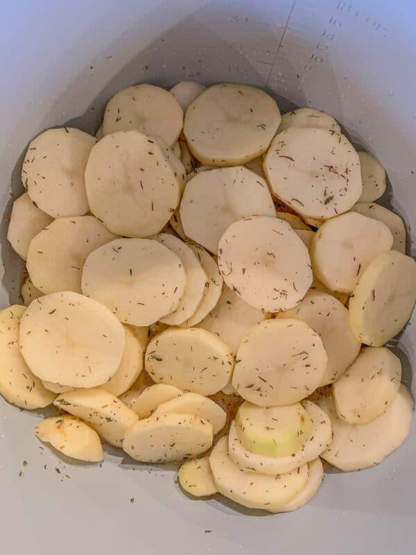 seasoned sliced potatoes
